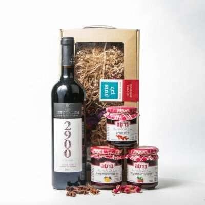 מארז יין וקונפיטורות