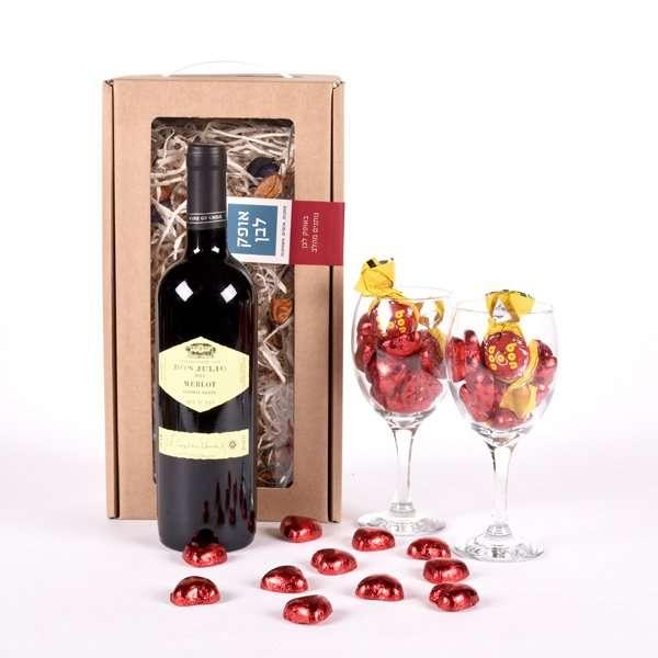 מארז מתוק שאוהבים- מתנות לראש השנה, מתנות לעובדים