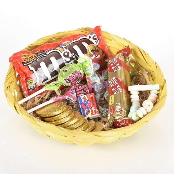 סלסלת ממתקים-מתנות לחנוכה