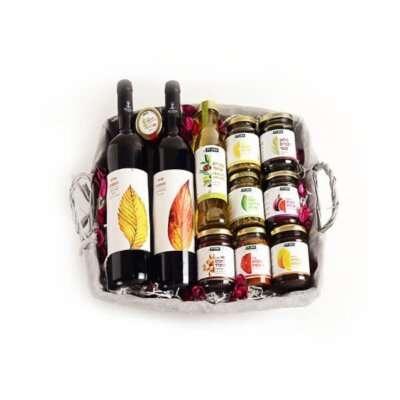 סלסלת יין וממרחים- מתנות לראש השנה, מתנות לפסח, חבילות שי